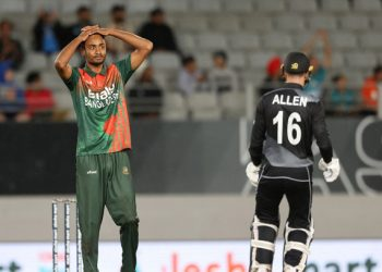 Bangladesh's Shoriful Islam reacts after bowling during the third Twenty20 cricket match between New Zealand and Bangladesh in Auckland on April 1, 2021. (Photo by MICHAEL BRADLEY / AFP) (Photo by MICHAEL BRADLEY/AFP via Getty Images)